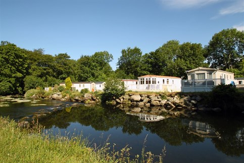 Riverside caravans and lodges